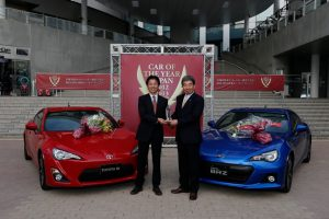 mazda_CX5_beats_toyota_GT86SubaruBRZ_wins_japan_car_of_the_year_award_3